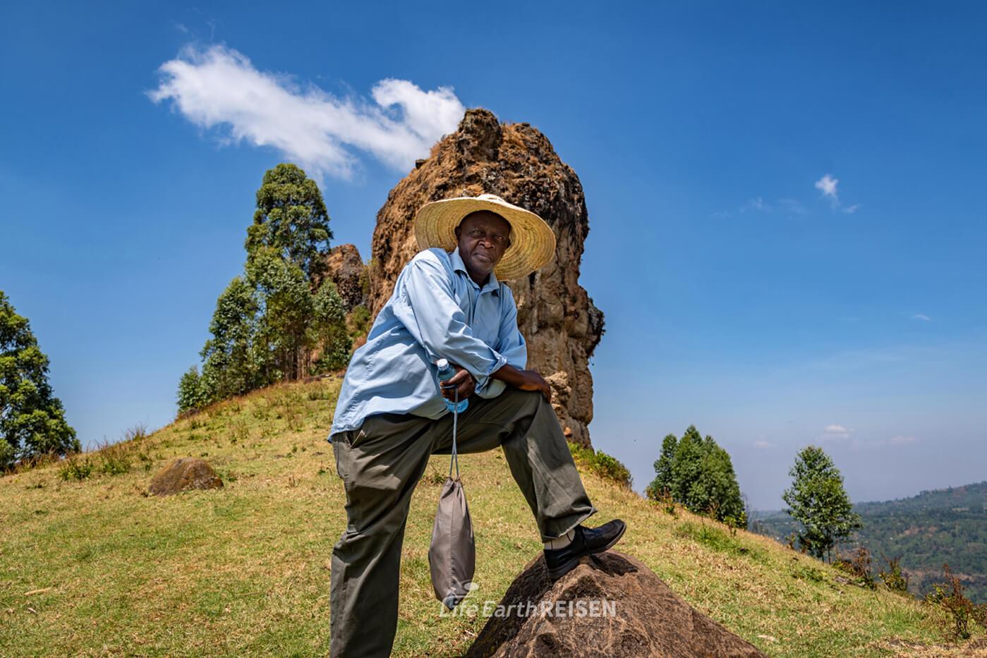 Mann aus dem Anbauland Uganda